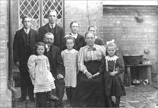 The Wayman Family c1911